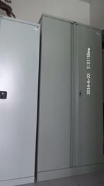Метални огнеупорни шкафове с възможност за закрепване към стена
